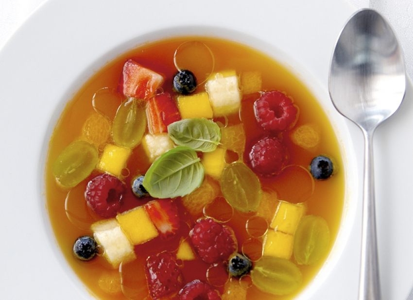 Minestrone de fruits au sirop d'orange