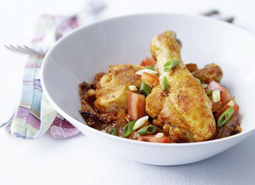 Curry de poulet comme dans les Iles, rougail de tomates