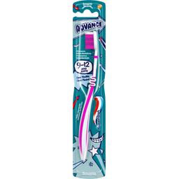 Brosse à dents Advance souple 9-12 ans