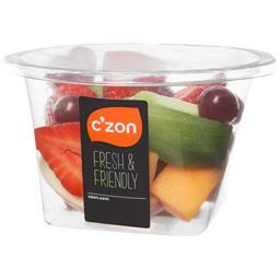 Salade de fruits frais pomme, melon kiwi, fraise, raisin