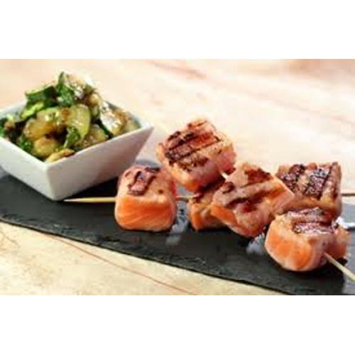 Brochette de saumon et lard fumé